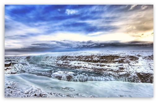 Download Snowy Waterfall UltraHD Wallpaper