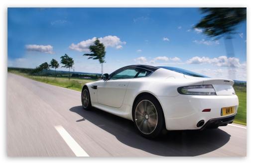 Download Aston Martin UltraHD Wallpaper