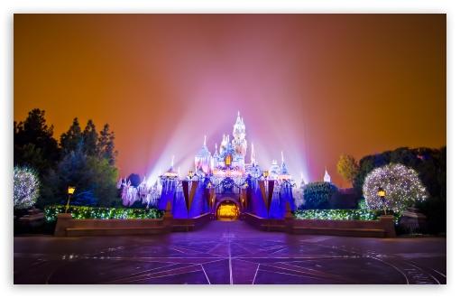 Download Disneyland Castle Christmas UltraHD Wallpaper