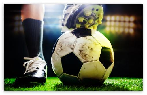Download Football UltraHD Wallpaper