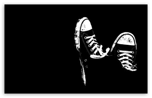 Download Sneakers UltraHD Wallpaper