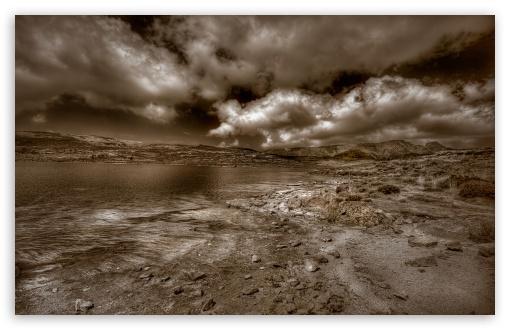 Download Cloudy Landscape Sepia UltraHD Wallpaper