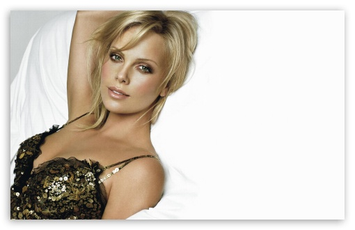 Download Charlize Theron 55 UltraHD Wallpaper