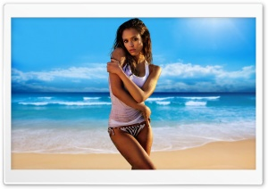 Jessica Alba On The Beach