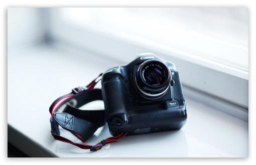 Download Canon Mark II UltraHD Wallpaper