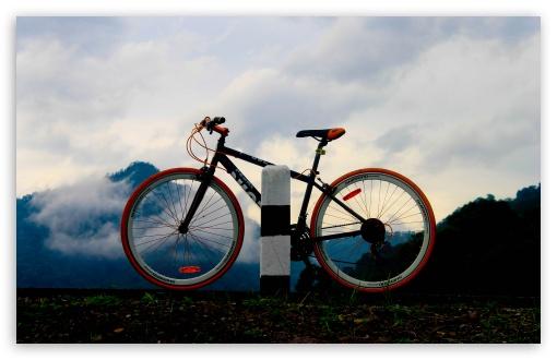 Download Mountain Bike UltraHD Wallpaper