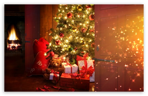 Download Christmas Is Coming UltraHD Wallpaper