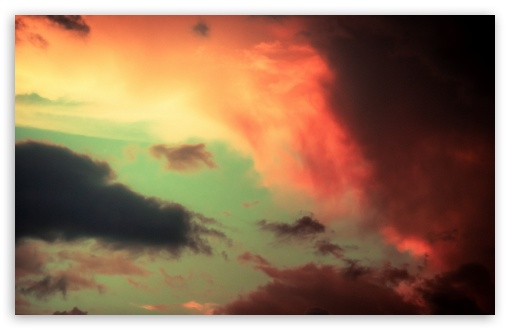Download Colorful Clouds UltraHD Wallpaper