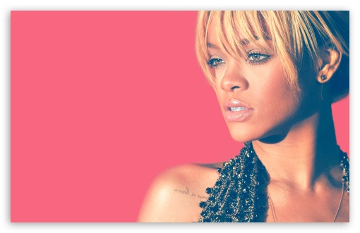 Download Rihanna Blonde Hair 2012 UltraHD Wallpaper