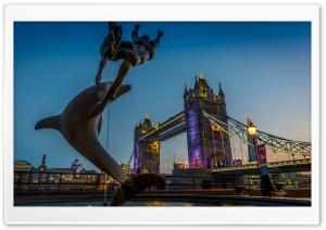 Tower Bridge Dolphin Statue