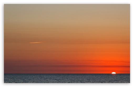 Download Perfect Sunset UltraHD Wallpaper