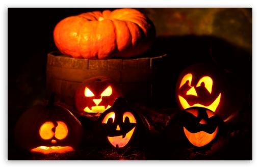 Download Lighted Halloween Pumpkins UltraHD Wallpaper