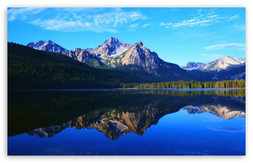 Download Mountain Lake UltraHD Wallpaper