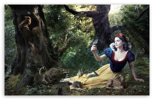 Download Snow White UltraHD Wallpaper