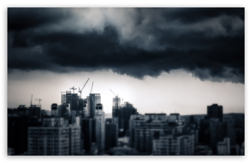 Download Storm Over Taichung UltraHD Wallpaper