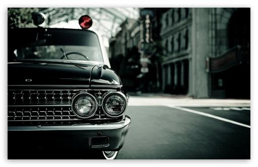 Download Ford Headlights UltraHD Wallpaper