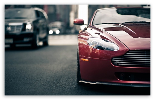 Download Aston Martin Vantage UltraHD Wallpaper