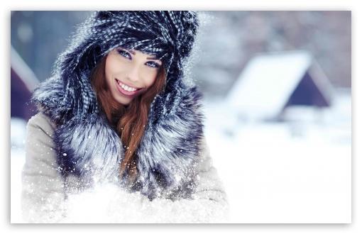 Download Winter Portrait UltraHD Wallpaper