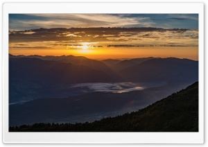 Sun Rise at the Mountain