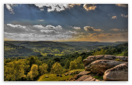 Download Large Valley HDR UltraHD Wallpaper