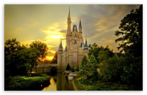 Download Sunset Over Cinderella Castle UltraHD Wallpaper