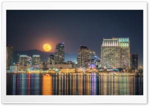 Full Moon Rising, San Diego