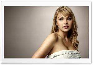 Aimee Teegarden Model