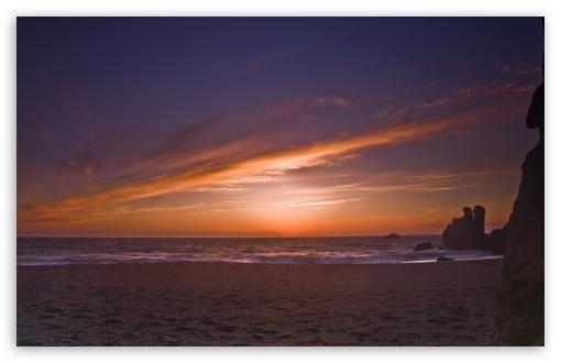 Download Lonely Beach UltraHD Wallpaper