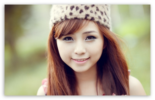 Download VietNam Girl UltraHD Wallpaper