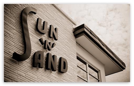 Download Sun N Sand UltraHD Wallpaper