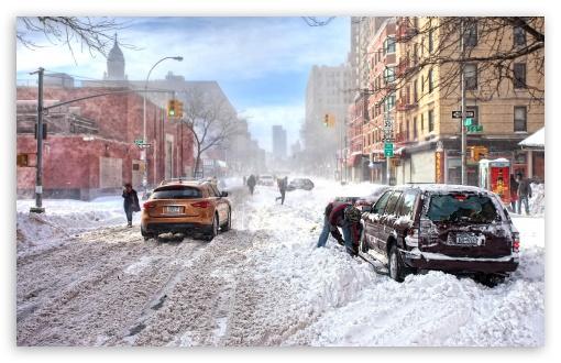 Download Winter In The City UltraHD Wallpaper