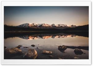 White Mountains Peaks, Lake...