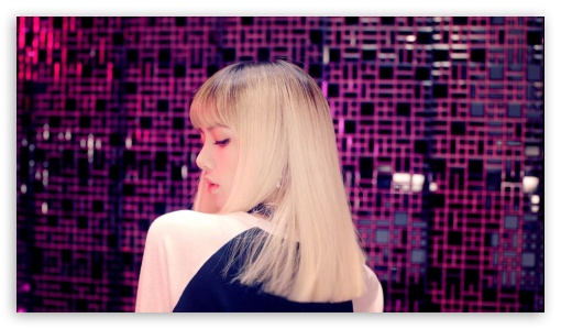 Download LISA BLACKPINK UltraHD Wallpaper