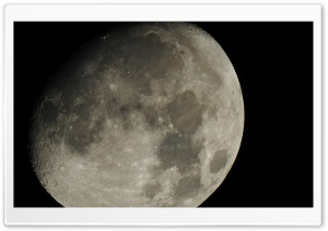 Super Zoom Moon