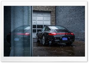 Snowing on a Porsche Carrera...
