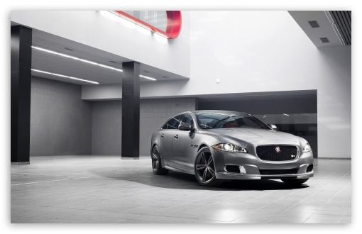 Download 2014 Jaguar XJR UltraHD Wallpaper