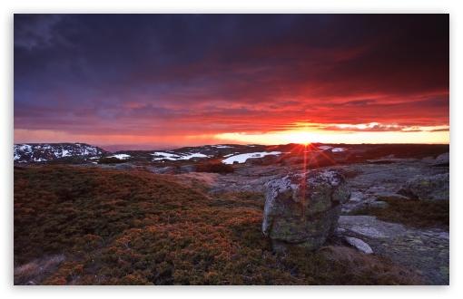 Download Frizzing Sunset At Serra Da Estrela Portugal UltraHD Wallpaper