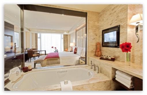 Download Glass Walls Bathroom UltraHD Wallpaper