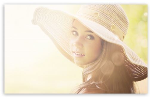 Download Girl With Summer Hat UltraHD Wallpaper