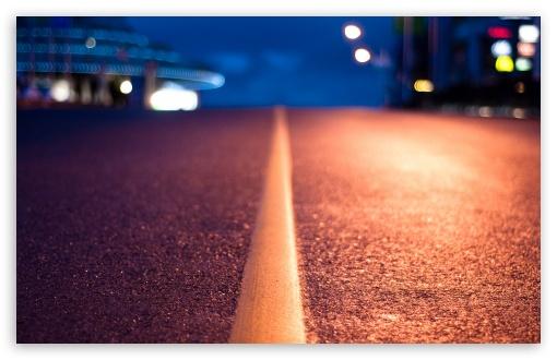 Download Street Line At Night UltraHD Wallpaper