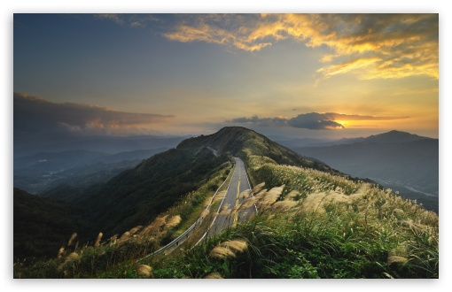 Download Mountain Road Top UltraHD Wallpaper