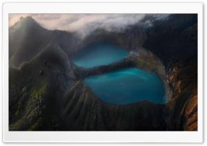 Vulcano Lakes