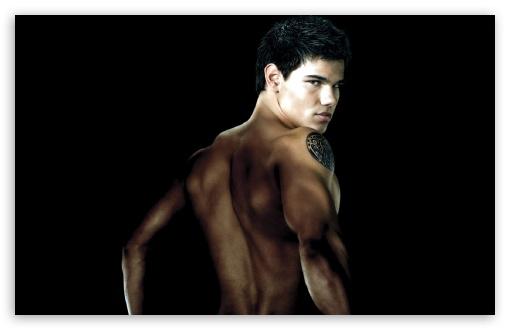 Download Taylor Lautner UltraHD Wallpaper