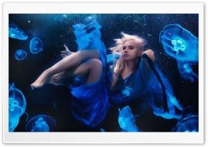 Sea Girl Underwater