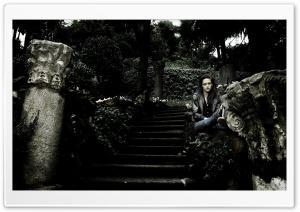 Kristen Stewart Sad