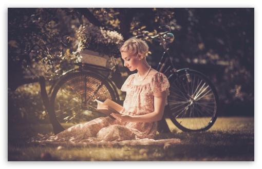 Download Reading Books UltraHD Wallpaper
