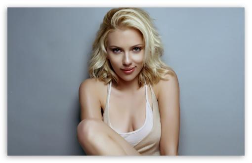 Download Scarlett Johansson Sexy UltraHD Wallpaper