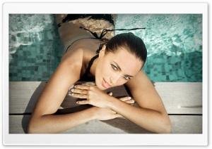Model Olivia Drout