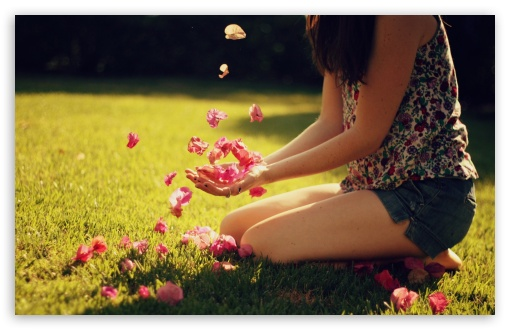 Download Girl Playing With Flowers UltraHD Wallpaper