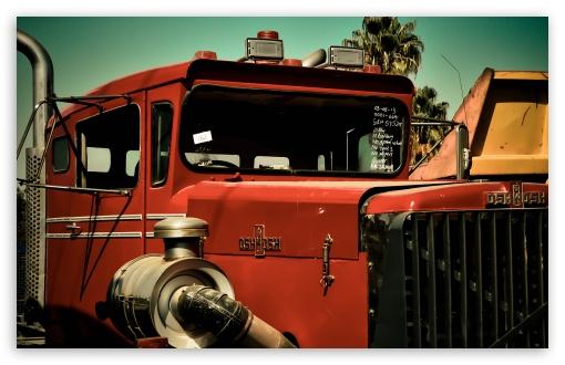 Download Old Oshkosh Truck UltraHD Wallpaper